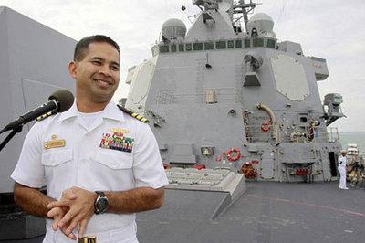 Các vụ án hối lộ tình dục: Tư lệnh Mỹ điều tàu chiến để được 'tặng' gái mại dâm