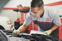 Chủ xe Toyota bức xúc vì đợi vài tháng mới có phụ tùng thay thế