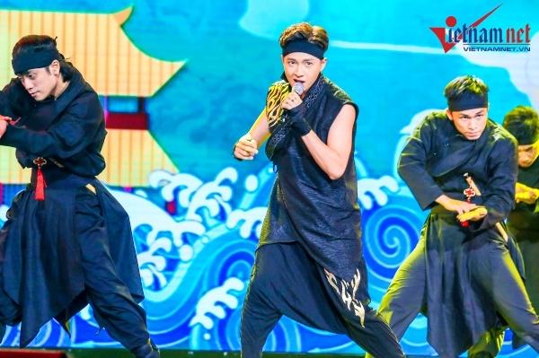 V Heartbeat,Trọng Hiếu Idol,Hà Anh Tuấn,Isaac,Ngô Kiến Huy,Chi Pu,CIX,Lê Thiện Hiếu,Suni Hạ Linh,Vicky Nhung