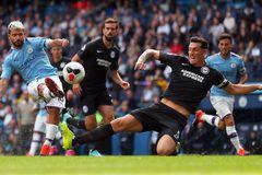 """Aguero chói sáng, Man City thắng """"4 sao"""""""