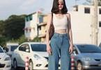 Hot girl Thái Lan thu hút nhờ diện đồ như bước ra từ thập niên 90