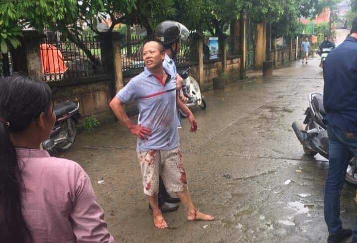 Anh chém em ruột ở Hà Nội: Hai người tử vong là bố con