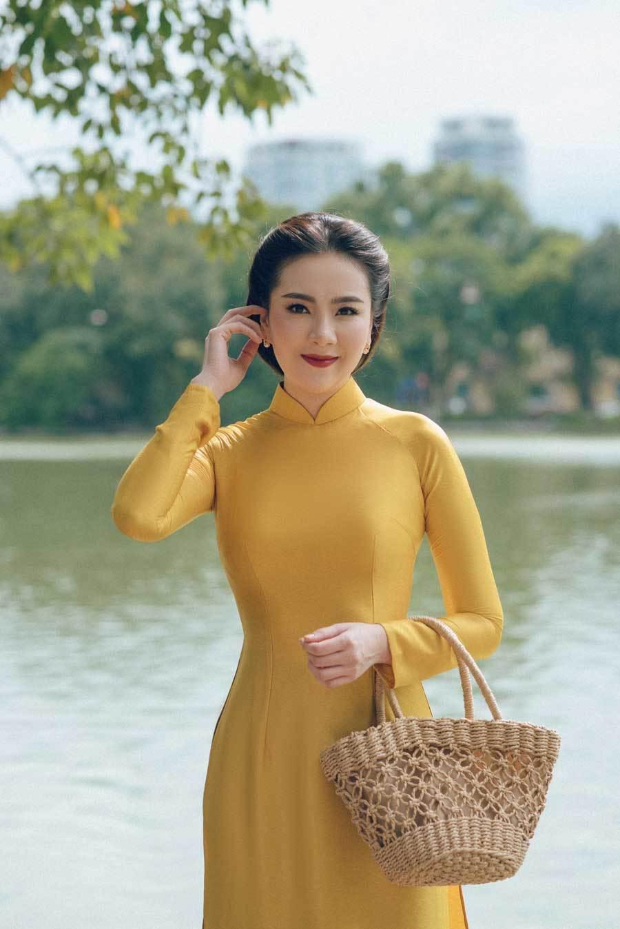 MC Mai Ngọc hóa thiếu nữ Hà Nội xưamừng Quốc khánh