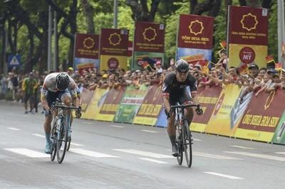 Giải xe đạp VTV Cup 2019: Cua rơ Hàn Quốc nhất chặng mở màn