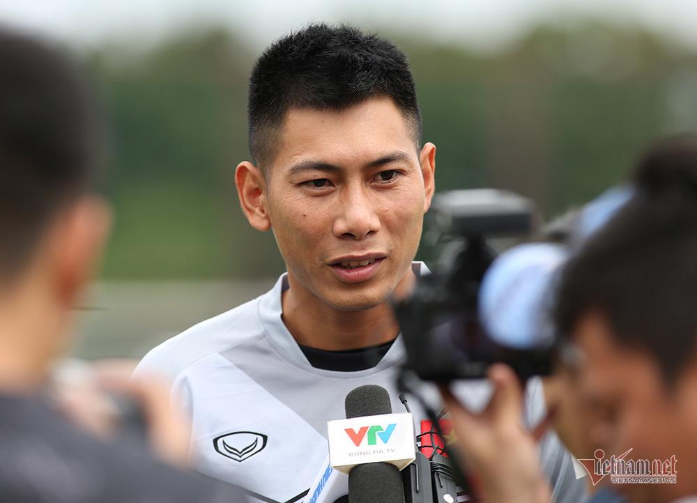Thủ môn Việt Nam: 'Chanathip nguy hiểm nhất ở tuyển Thái Lan'