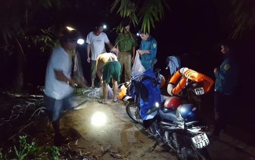 Chơi lễ trong rừng ở Bình Thuận, 1 người chết, 1 người mất tích
