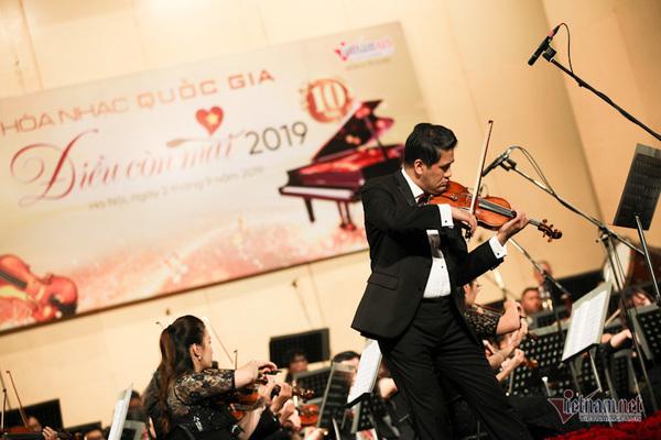 VietNamNet's 'Things Everlasting' Concert 2019,dieu con mai concert,le phi phi,vietnamnet concert,national day,entertainment news