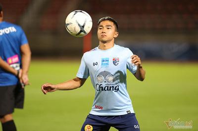 """""""Messi Thái Lan"""" bị nghi chấn thương trước trận gặp Việt Nam"""