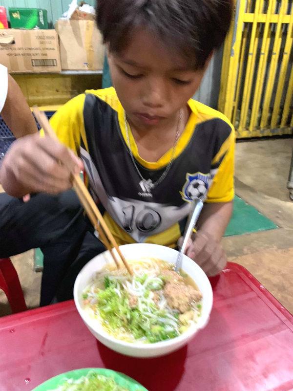 trẻ đi lạc,Đắk Lắk,Kon Tum