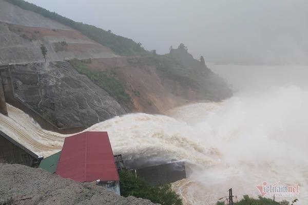 thủy điện,thủy điện xả lũ,hà tĩnh,mưa lũ