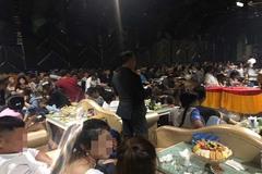 Hàng chục dân chơi dương tính ma túy trong quán bar trung tâm Sài Gòn
