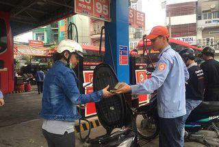 Eco-fuel and plastic bags face sluggish consumption in Vietnam