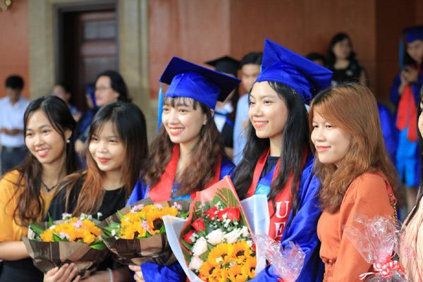 342 Cử nhân, Thạc sĩ Viện ISB tốt nghiệp chương trình đào tạo bằng Anh ngữ