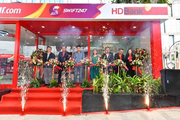 HDBank tăng tiện ích cho khách với ngân hàng số 24/7