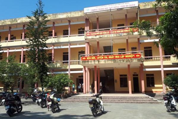 Thanh Hóa giải thể 8 trường THPT trước khai giảng
