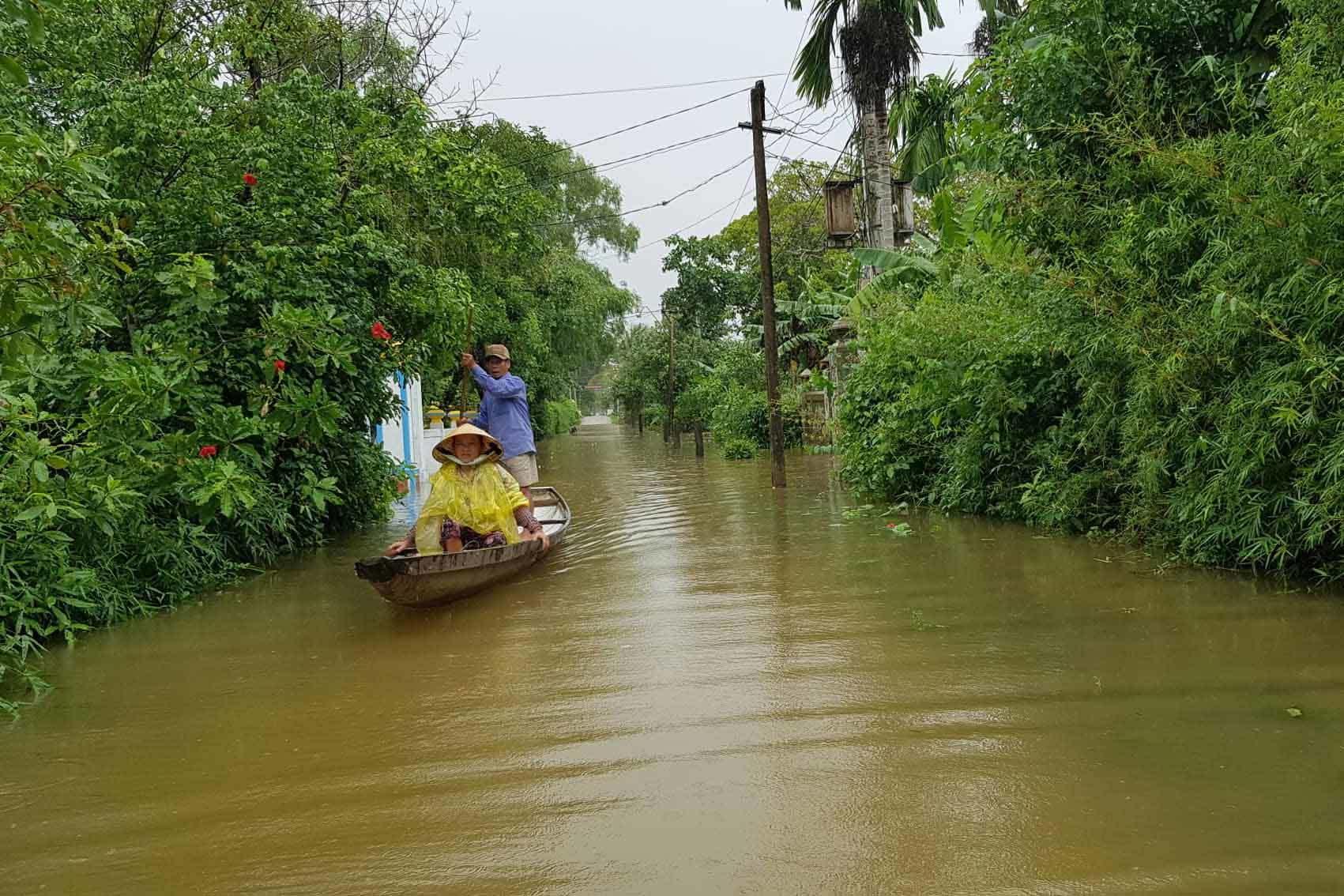 mưa lũ miền trung,mưa lũ ở hà tĩnh,mưa lũ,áp thấp nhiệt đới
