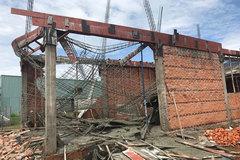 Sập giàn giáo ở Bình Thuận, 1 người thiệt mạng