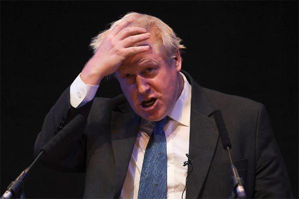 Thủ tướng Anh liên tiếp bị 'dội gáo nước lạnh'