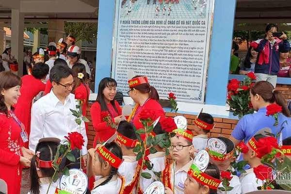 new academic year,new school year,vietnamese students,opening ceremony,Vietnam education,Vietnam students,Vietnam children