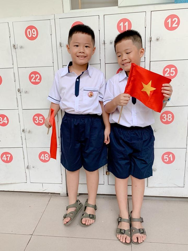 Thu Thuỷ,Khai giảng năm học mới,MC Hoàng Linh