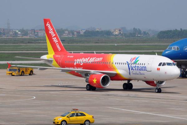 Sờ đùi nữ hành khách trên máy bay, người đàn ông bị phạt nặng