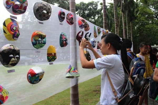 Children join full moon festival activities at national museum