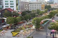 Chấn chỉnh biển quảng cáo tiếng ngoại át tiếng Việt ở trung tâm thành phố