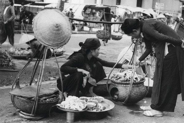 L'Espace,vendors,exhibition,hanoi,Vietnam entertainment news,Vietnam culture,Vietnam tradition