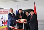 Deal signed for Vietjet Air's launch of direct flights to Russia's Far East
