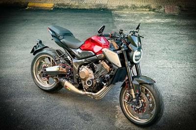 Dân chơi mô tô Sài Gòn độ xe đắt hơn cả tiền mua