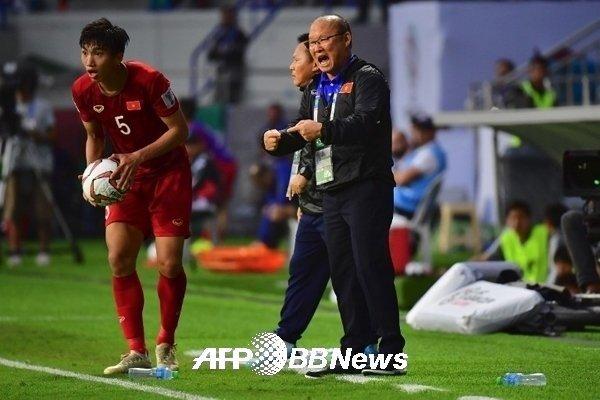 Tuyển Việt Nam để thắng Malaysia, tưởng khó mà lại dễ!