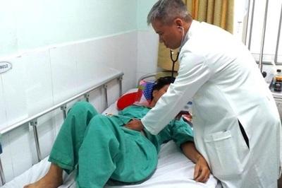 Người đàn ông co giật, sùi bọt mép vì sai lầm khi chữa viêm xoang