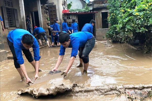 khai giảng,trường học ngập lũ,mưa lũ miền trung