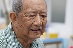 Nghệ sĩ Mạc Can không nhà cửa, chật vật vì bệnh tật hành hạ ở tuổi 74