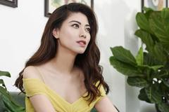 BTV Ngọc Trinh lên tiếng về clip nhà toàn ô tô hàng chục tỷ đồng