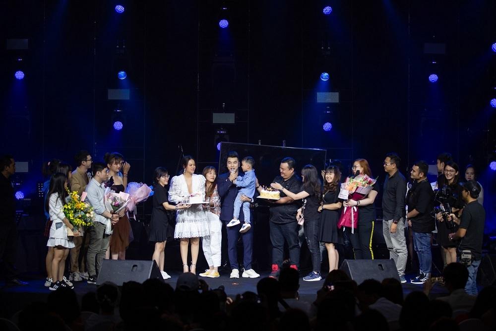 Phạm Quỳnh Anh bật khóc khi nhắc về chồng cũ Quang Huy