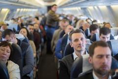 Vì sao bạn phải chờ lâu để rời máy bay sau khi hạ cánh