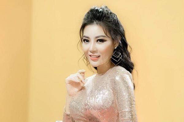 Thanh Hương hát cực chất trong VTV Awards 2019