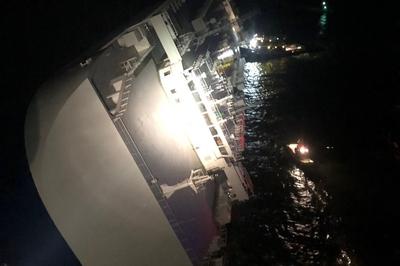 Tàu chở hàng lật ngoài khơi Mỹ, 4 thuỷ thủ mất tích