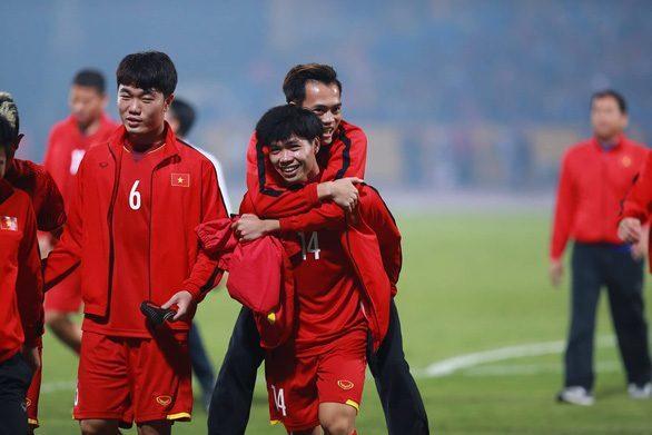 Công Phượng sắp... về Thai-League chơi cạnh Xuân Trường, Văn Toàn