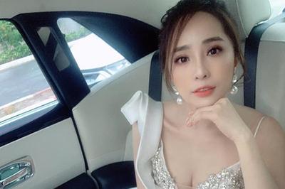 """Sao nữ Việt sau ly hôn: """"Cá sấu chúa"""" Quỳnh Nga có táo bạo nhất?"""