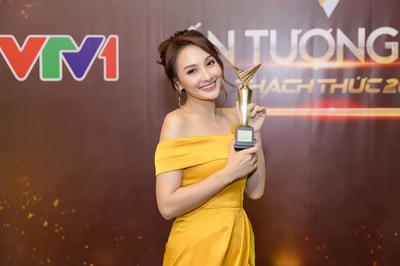 Bảo Thanh tự nhận là 'con oắt con' của showbiz Việt