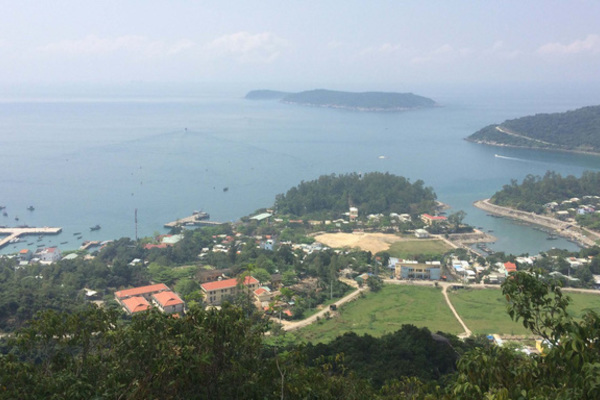 Solutions proposed to protect Cu Lao Cham amid rising tourist influx