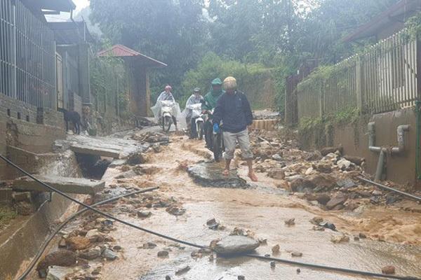 Dự báo thời tiết 10/9: Hà Nội mưa rào, nguy cơ có lốc
