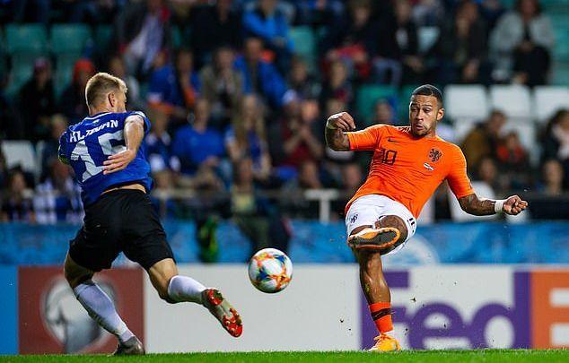Cựu sao MU giúp Hà Lan thắng '4 sao'