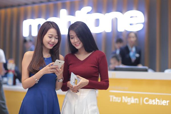 MobiFone tặng 1 tỷ đồng cho khách nạp thẻ