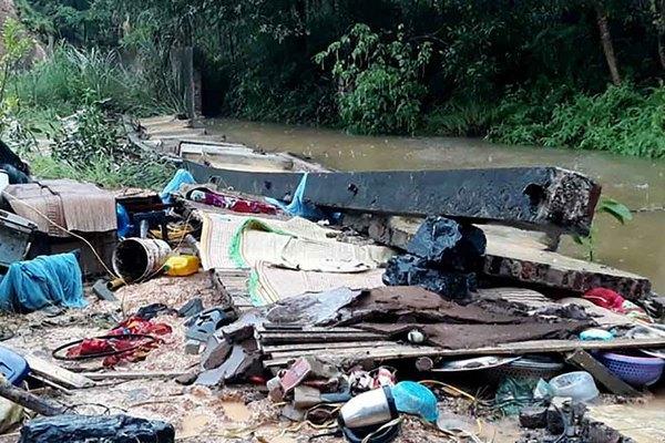 Sập tường trong mưa lớn ở TP Thái Nguyên, 3 thợ xây tử vong
