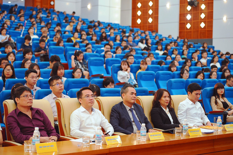"""Phát động cuộc thi """"Tài năng thương mại điện tử xuyên biên giới Việt Nam 2019"""""""