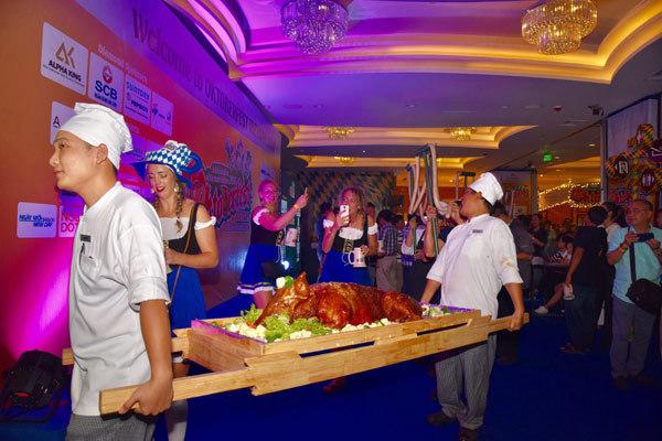 Sôi động tuần lễ ẩm thực và văn hóa Đức ở Khách sạn Windsor Plaza
