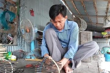 Farmers in Vietnam's Mekong Delta adapt to low flood levels